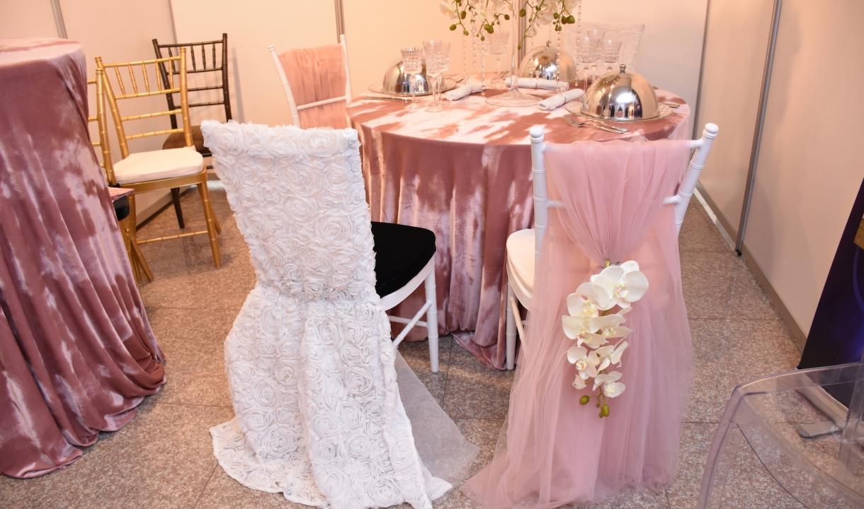 Stilingos staltiesės